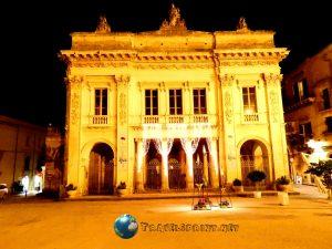 Teatro Comunale, Noto, correre in sicilia