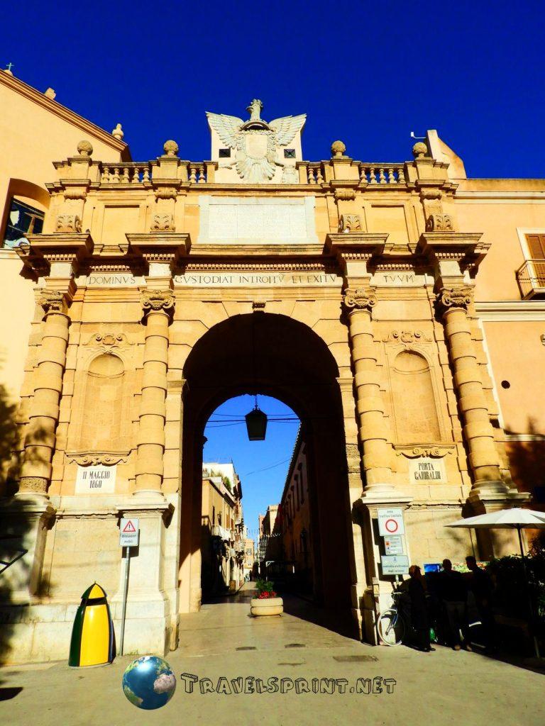 Porta Garibaldi. marsala, correre in sicilia