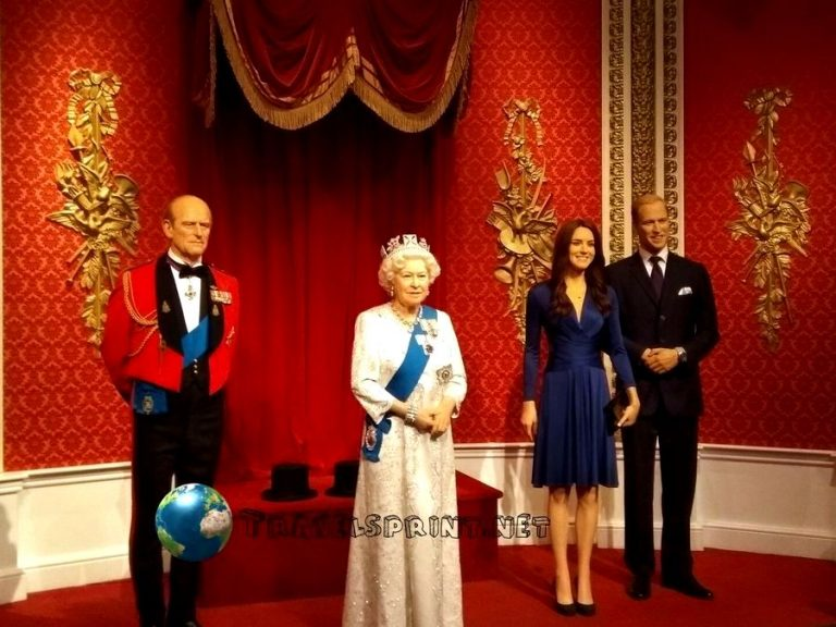 royal-family-madame-tussauds-correre-a-londra