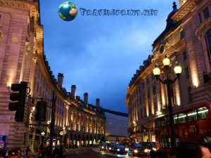 piccadilly-circus-di-notte-correre-a-londra