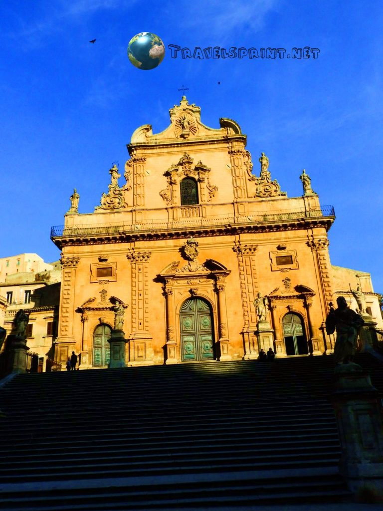 Duomo di San Pietro, modica, correre in sicilia