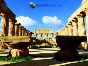 Interno del Tempio E, selinunte, correre in sicilia