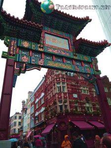 porta-chinatown-correre-a-londra